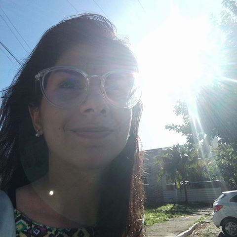 Thaísa  Farias