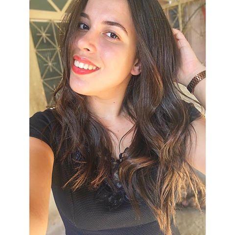 Nayara  Campos