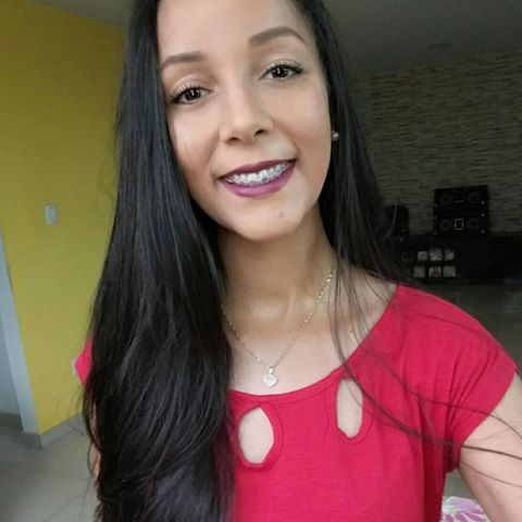 Maíla  Machado