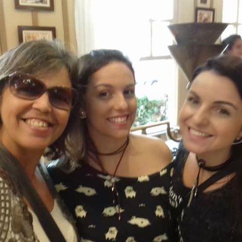 Ester  Amorim de Oliveira