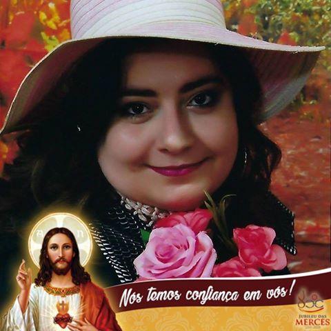 Paula De Campos Oliveira