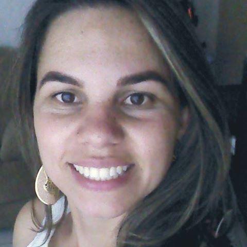 Tania  Coutinho