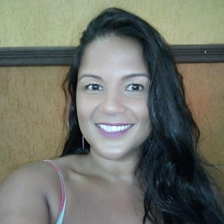 Talita Claro