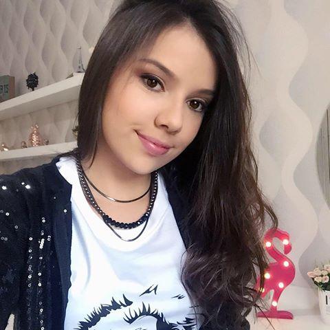 Leticia  Rezende