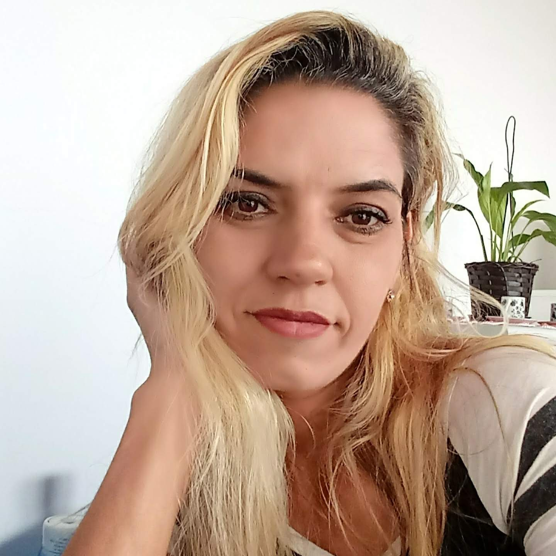 Daniela Maria rosa