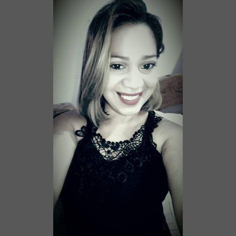 Ana Paula Farias