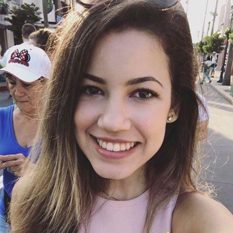 Larissa Gonçalves Leite