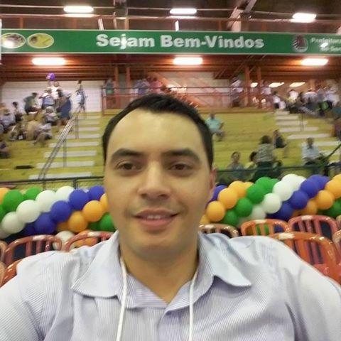 Robert  Fernando Pinheiro