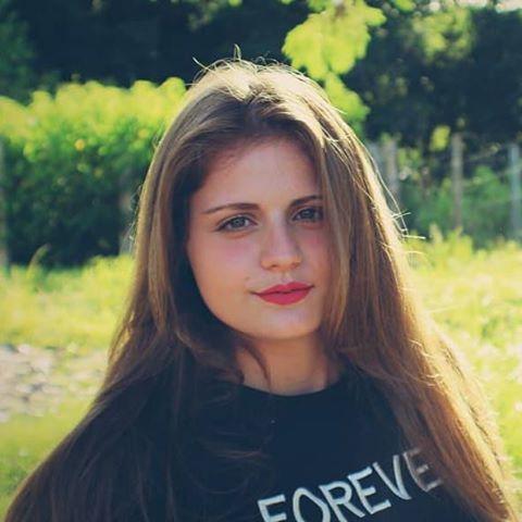 Juliana  Cristina