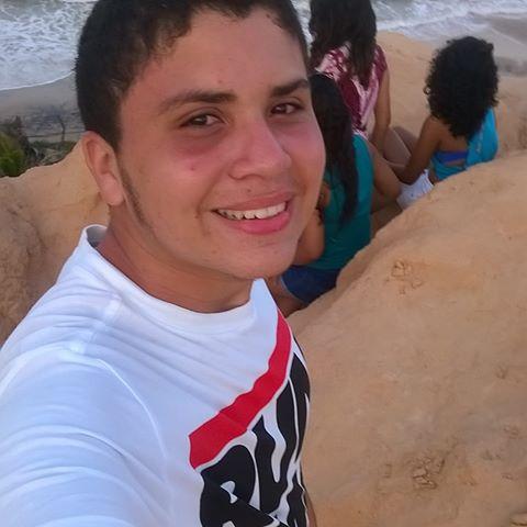 Marcus Vinicius  Adriano Araujo