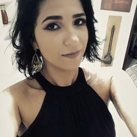 Luna  Oliveira