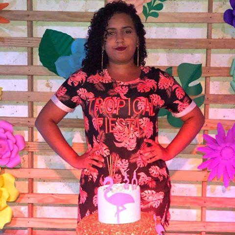 Thaís  Avelar