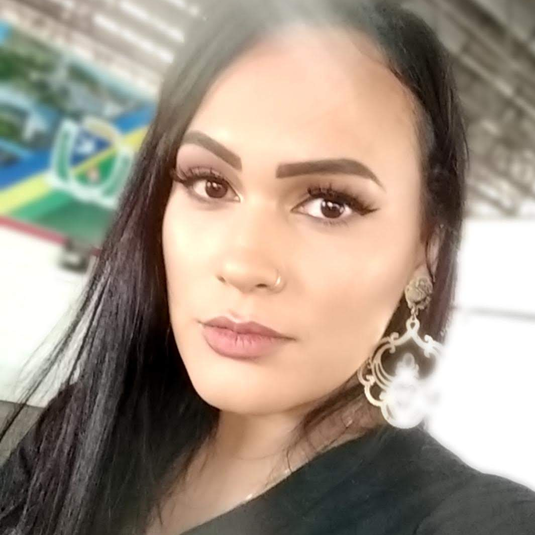 Roberta Andrade Veiga Medeiros