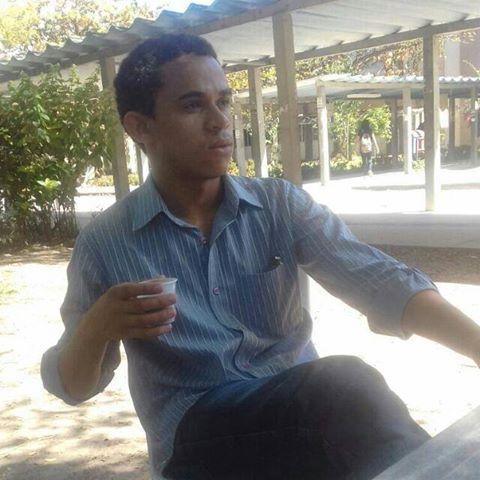 adilson Santos