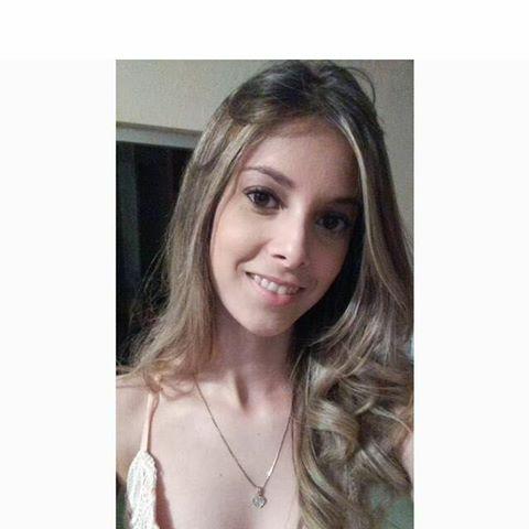 Thalya  Apolinario