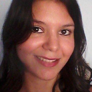 Letícia  Bezerra