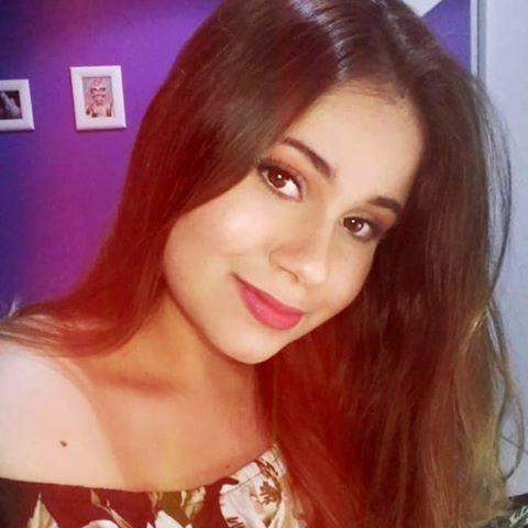 Regiane'  Souza