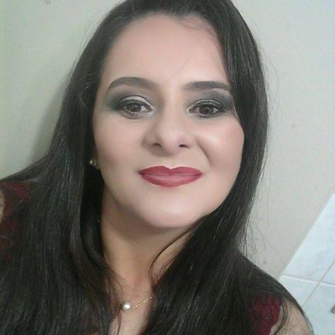 Cristiane  Cris