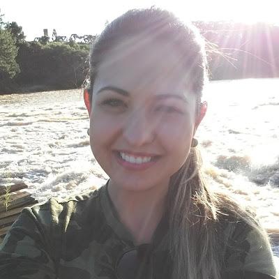 Gabriela Loregian Alves