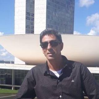 Luciano  Jones