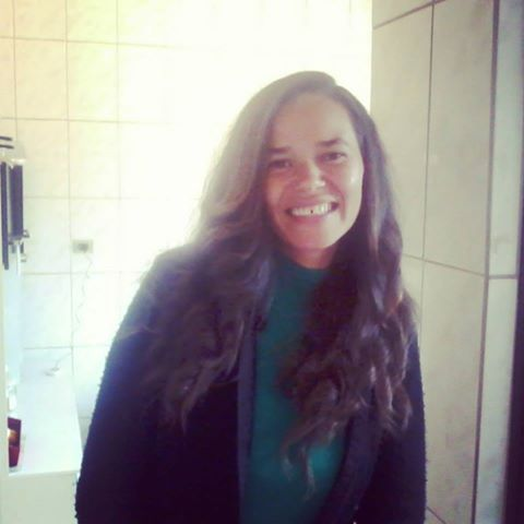 Ana Lúcia  Oliveira