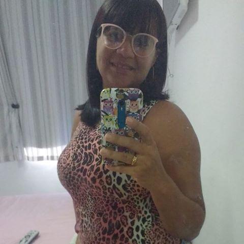 Luciana Cavalcanti Cruz de Santana