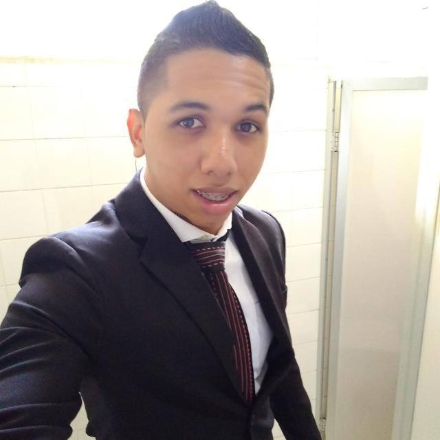 Renato  Neves