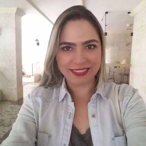 Marcela  Oliveira