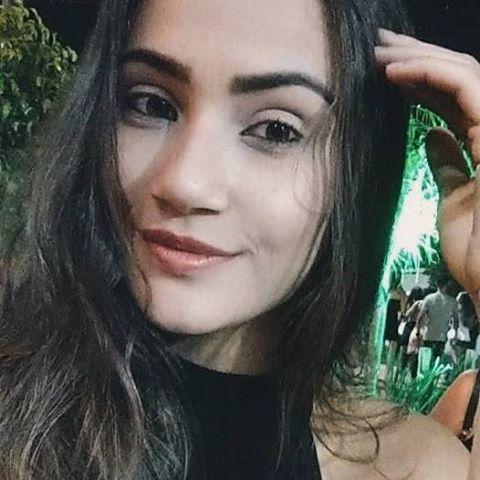 Evellyn Samila Paula