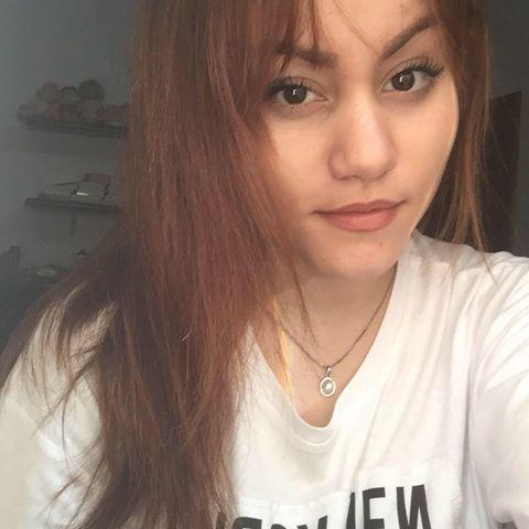 Hellen  Larissa