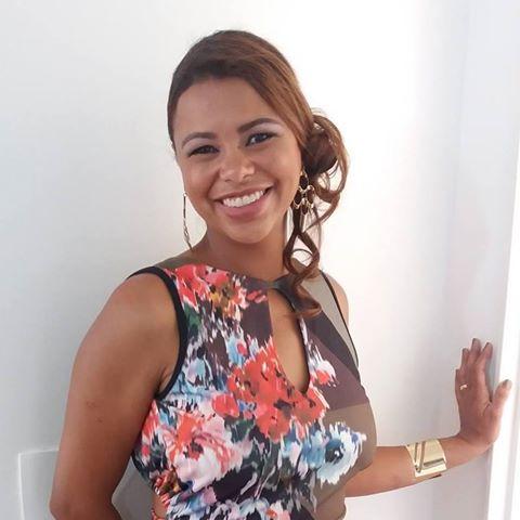 Adriene  Santos