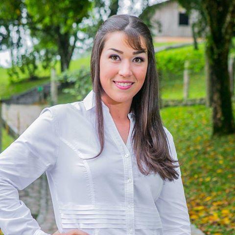 Natália  Baschirotto