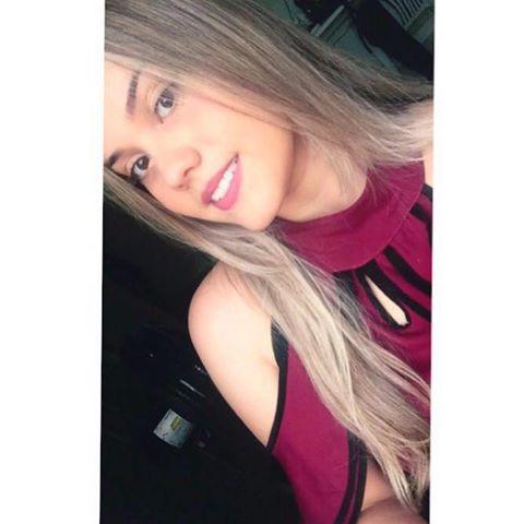 Lara  Bruna