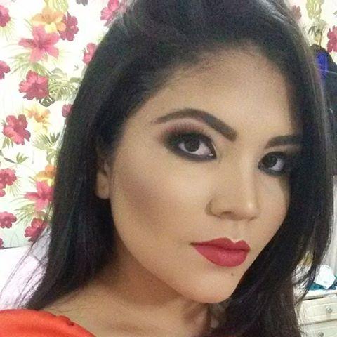Leticia  Moreira