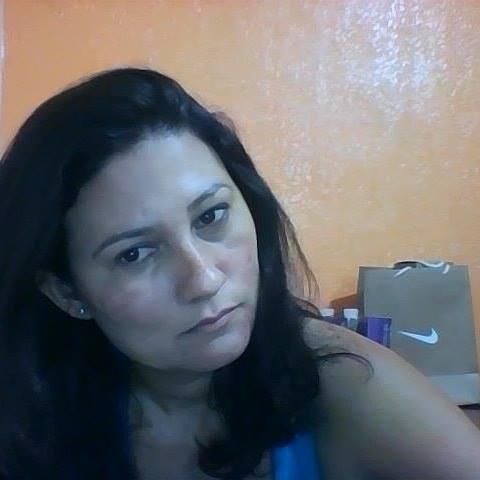 Rose  Viana