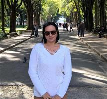 Ana Laura De