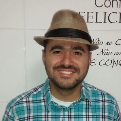 Leandro S Santos