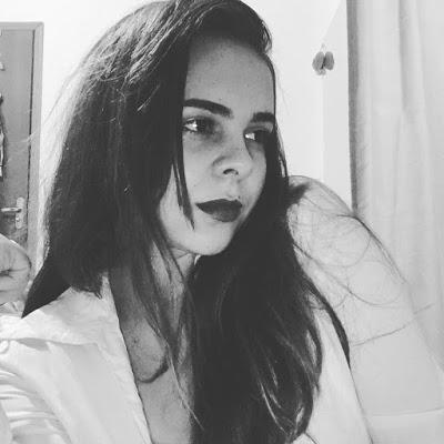 Lívia Alves