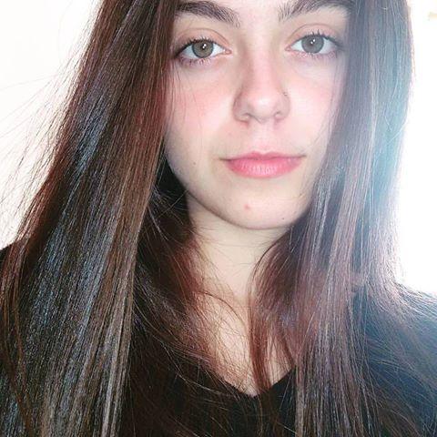Adrielle Ferreira