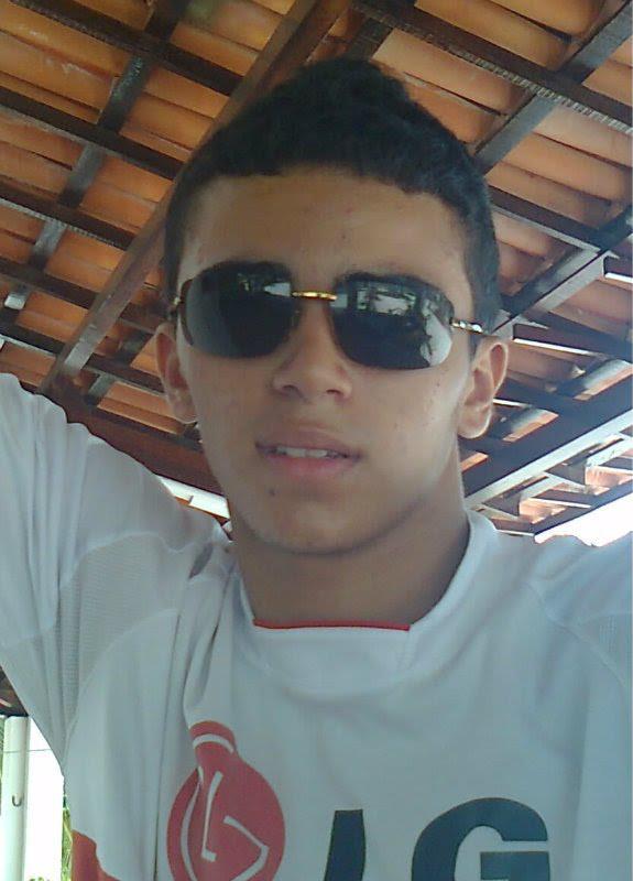 Carlos Eduardo Bezerra